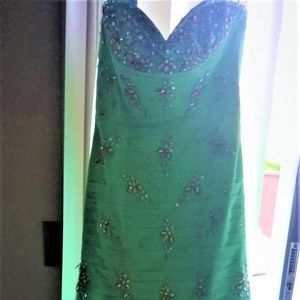 Dresses & Skirts - Mermaid Style-Embellished Stunner Dress